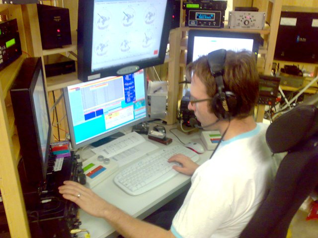 OH4JFN operating at OH8X during CQWW 2008 SSB